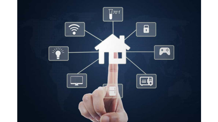 photo couverture Domotique - Maison et Bureaux connectés - Smart Home and Buildings