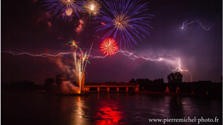 photo couverture Pyrotechnie Feux d'artifices